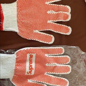 Supreme Other - Supreme work gloves